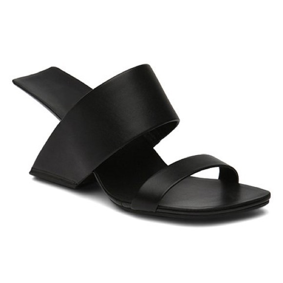 bcadf54faab Black Thick Strap Leather Sandals. NWT. Jady Rose